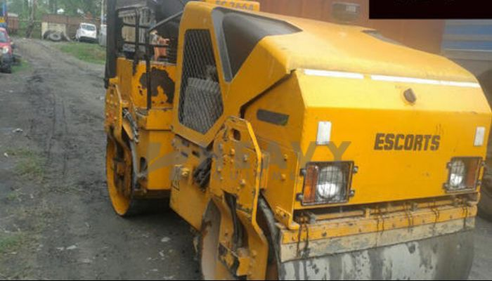 rent EC 3664 Price rent escort soil compactor in bhuj gujarat escort ec3664 soil compactor on hire he 2015 734 heavyequipments_1530268360.png