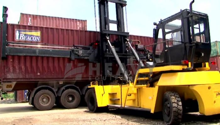 rent G Series 10Ton Price rent godrej forklift in vadodara gujarat godrej hydraulic forklifts at 10 ton hire price he 2015 106 heavyequipments_1518158807.png