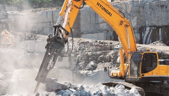rent HDB 210 Price rent hyundai rock breaker in ahmedabad gujarat rent hyundai 210 excavator with breaker he 2015 978 heavyequipments_1534144300.png