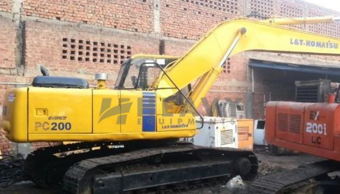rent PC200 Price rent komatsu excavator in new delhi delhi komatsu pc 200 with rock breaker rental price he 2016 1198 heavyequipments_1540979924.png