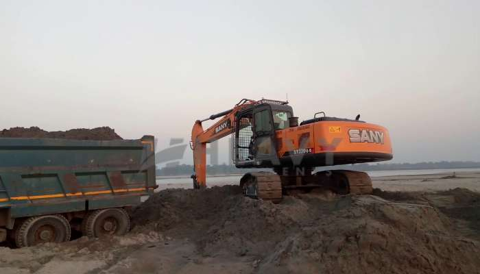 rent SY220C-9 Price rent sany excavator in new delhi delhi sany crane sy220c 9 excavator for rent he 2017 1372 heavyequipments_1548673154.png