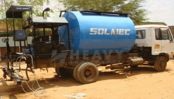 rent 4 to 12T Price rent solmec bitumen sprayer in ahmedabad gujarat solmec bitumen sprayer he 2015 555 heavyequipments_1527233152.png