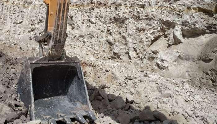 used R-210 Price used hyundai excavator in kutch gujarat hyundai 210 lc excavator he 1597 1558178548.webp