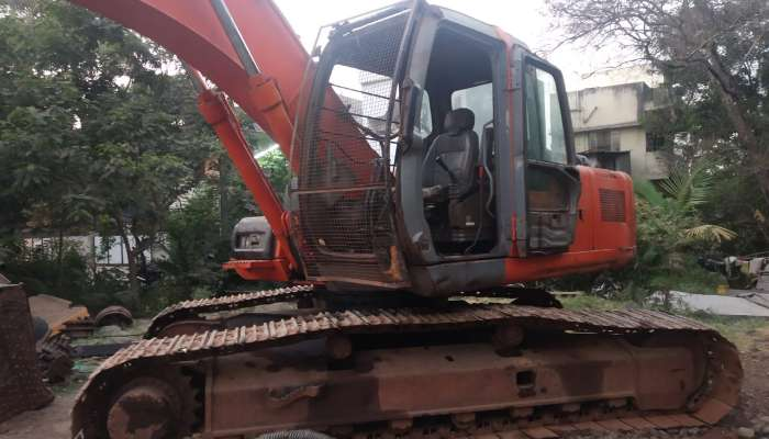 used EX 200 LC Price used tata hitachi excavator in mumbai maharashtra tata hitachi 200 second hand he 1599 1558263348.webp
