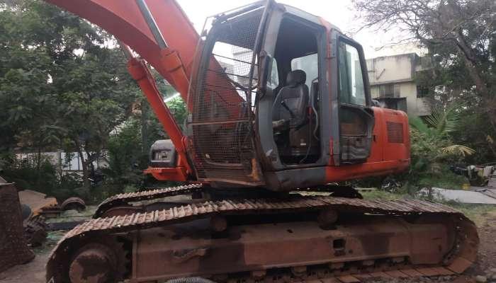 used EX 200 LC Price used tata hitachi excavator in mumbai maharashtra tata hitachi 200 second hand he 1599 1558263348.webp
