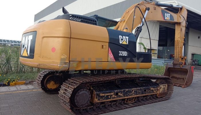 used 320 Price used caterpillar excavator in nagpur maharashtra cat 320d2 excavator for sale he 2015 917 heavyequipments_1533182989.png