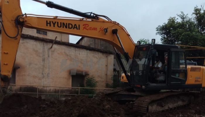 used R-220 Price used hyundai excavator in indore madhya pradesh used hyundai excavator he 2017 1061 heavyequipments_1536305773.png