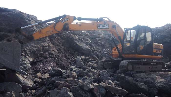 used JS-140 Price used jcb excavator in surat gujarat jcb js 140 excavator for sale he 1732 1578288157.webp