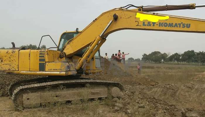 used PC200 Price used komatsu excavator in agra uttar pradesh pc200 excavator for sale he 2007 1429 heavyequipments_1550903907.png