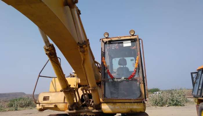 used PC300LC Price used komatsu excavator in jamnagar gujarat used pc 300 excavator at best price he 1600 1558264281.webp