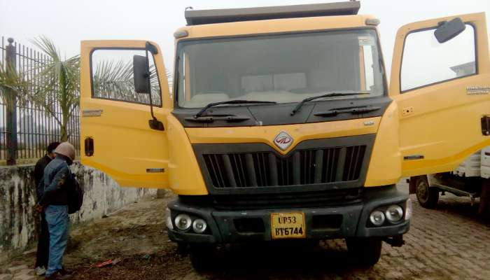 used BLAZO 25 TPR Price used mahindra dumper tipper in gorakhpur uttar pradesh mahindra balzo 10 wheel dumper he 1773 1586691274.webp