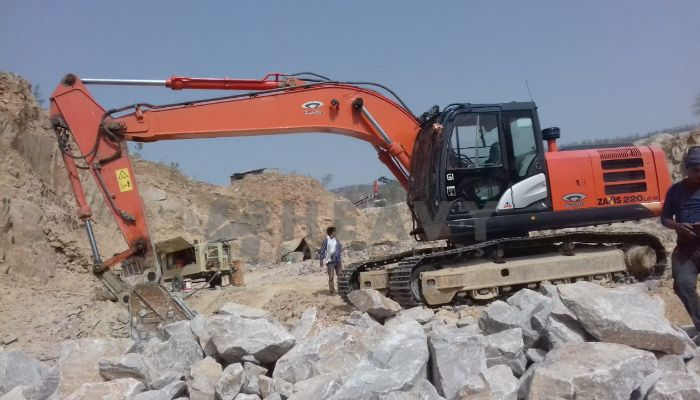 used ZAXIS 220 LC Price used tata hitachi excavator in jaipur rajasthan used tata hitachi zaxis220 excavator he 2018 864 heavyequipments_1532511940.png
