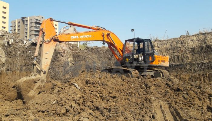 used EX 200 LC Price used tata hitachi excavator in valsad gujarat tata zaxis200 he 2016 1277 heavyequipments_1545194123.png