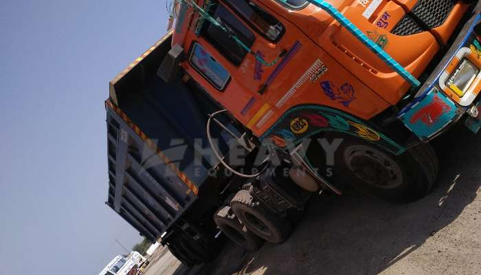 used SIGNA 4923-S Price used tata trailers in surat gujarat used 22 tyre dumper for sale he 2017 1504 heavyequipments_1553343110.png