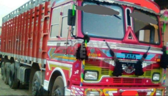 used LPT 3718 Price used tata trucks in isnapur andhra pradesh used tata 3718 truck for sale he 2016 418 heavyequipments_1522908297.png