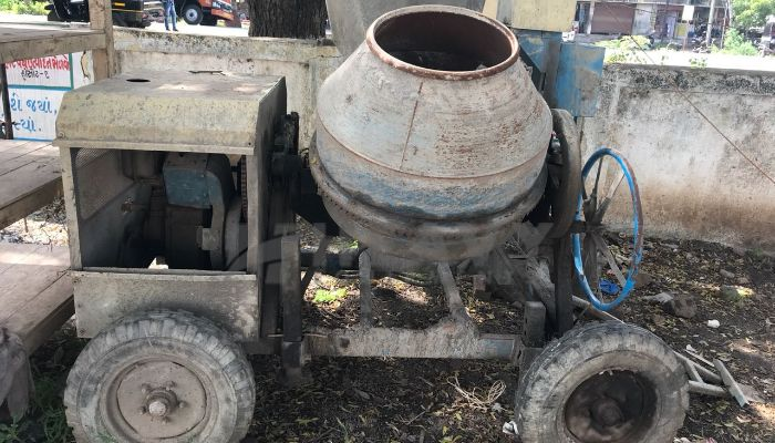 used RM 1400 Price used universal concrete mixers in surat gujarat universal concrete mixer he 2016 1123 heavyequipments_1538041177.png