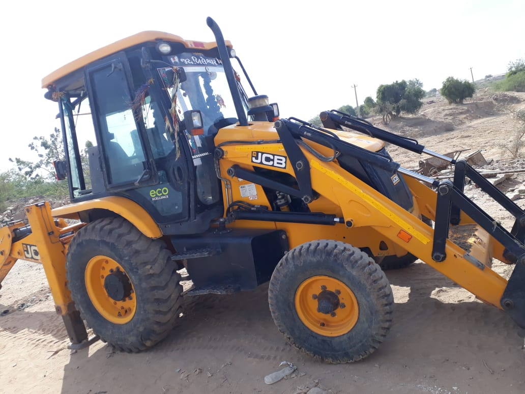 JCB 3dx Backhoe Loader Expert Review