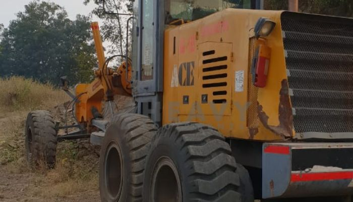 Motor grader available for hire
