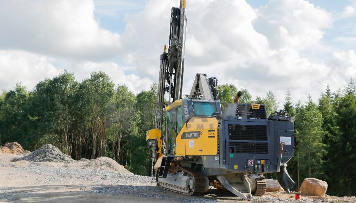 rent atlas copco drilling in valsad gujarat atlas copco t35 drilling he 2015 495 heavyequipments_1526031730.png