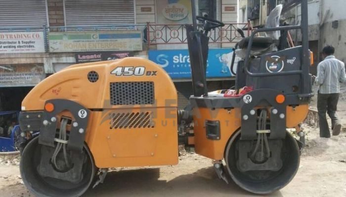 Rent On Case 450DX Baby Roller