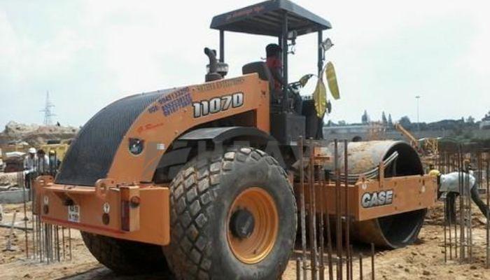 rent case soil compactor in thane maharashtra soil compactor hire in mumbai he 2015 186 heavyequipments_1518425911.png