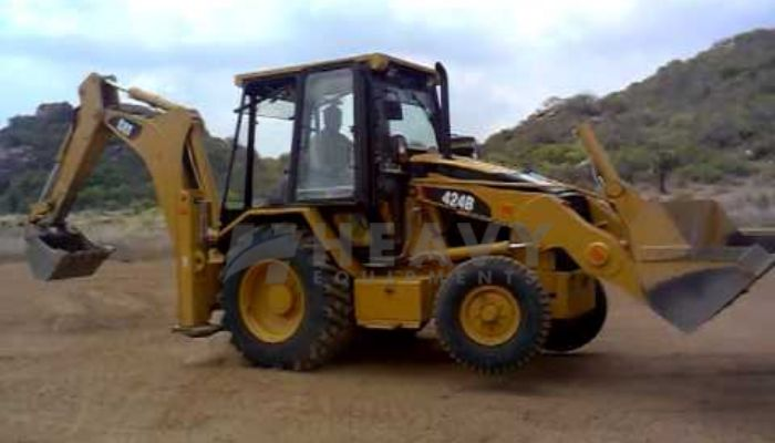 rent caterpillar backhoe loader in kolkata west bengal hire caterpillar backhoe loader 424b he 2016 777 heavyequipments_1530963313.png