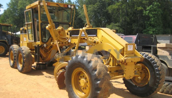 Caterpiller Motor Grader 120 H On Rent