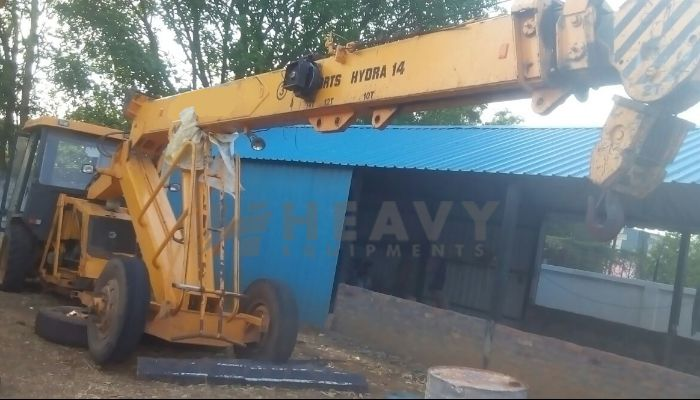 Escort Hydra Crane 14 Ton For Rental