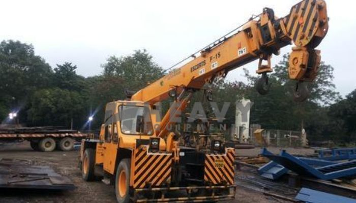 Hydraulic Crane F 15 At 14 Ton Hire