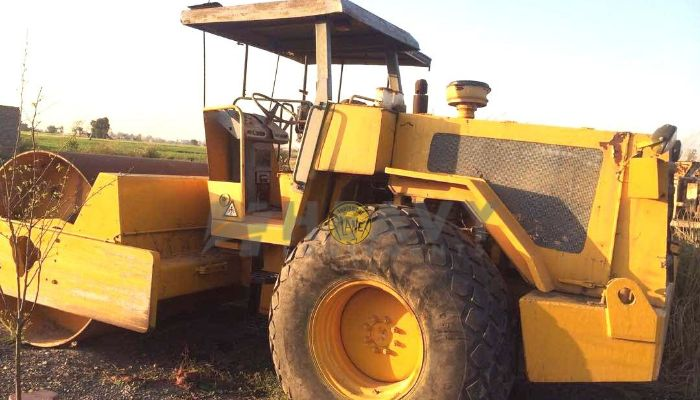 Soil Compactor Machine On Hire In India