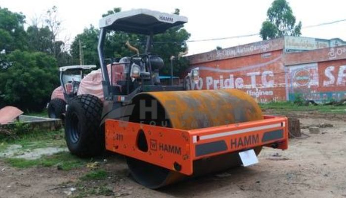 Hire On HAMM 311 Compactor In Bhuj