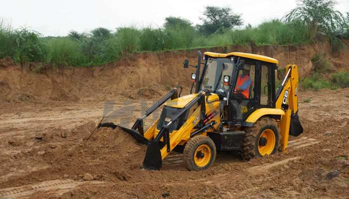 JCB 2DX Backhoe Loader Rent