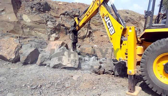 rent jcb rock breaker in kolkata west bengal hire on jcb hm380 rock breaker he 2016 785 heavyequipments_1531119638.png