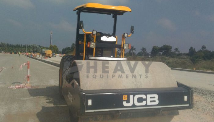 JCB VM 116 Compactor For Rent
