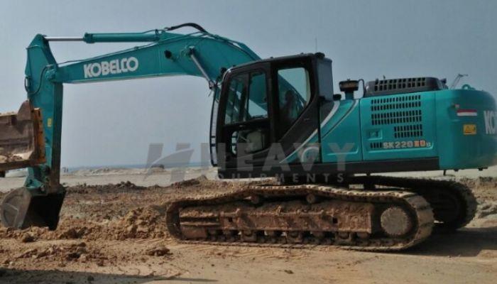 Kobelco SK 220 XDLC Excavator For Rent