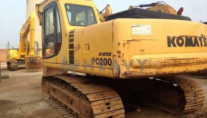 Komatsu PC200- 6 Excavator For Rent