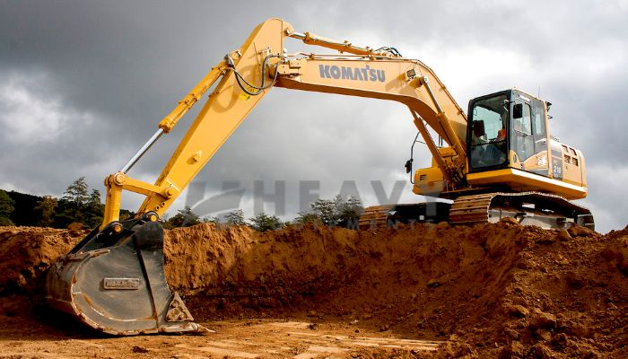 Rent On Excavator PC 200 In Kutch
