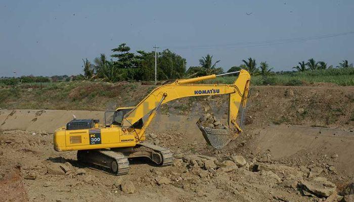 LnT Excavator PC-300 Rent In Udaipur