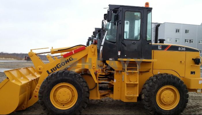 Liugong CLG836 Wheel Loader On Rent