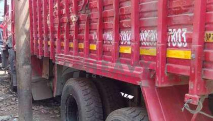 rent mahindra trailers in ahmedabad gujarat trailer tractor truck rent in vatva he 2015 250 heavyequipments_1518844218.png