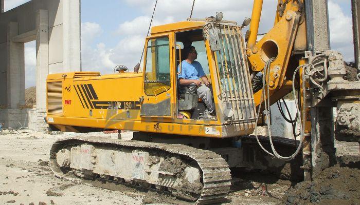 rent HR 130 Price rent mait drilling in noida uttar pradesh mait drilling machine on rent he 2016 1010 heavyequipments_1535017850.png