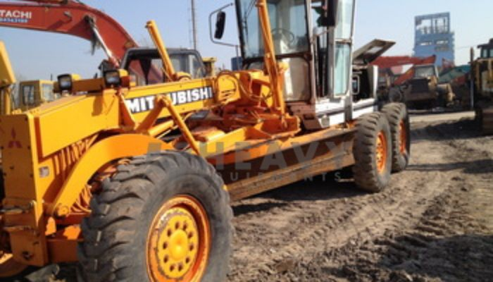 Mitsubishi Motor Grader On Rent