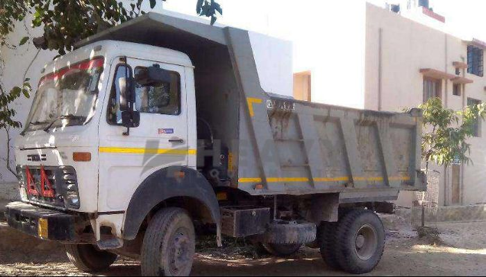 rent tata dumper tipper in bhubaneswar odisha tata 6 wheel dump truck for rent he 2015 987 heavyequipments_1534412380.png
