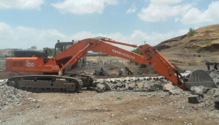 rent tata hitachi excavator in mumbai maharashtra tata hitachi ex 200 lc excavator with rock breaker  he 2014 531 heavyequipments_1526640214.png