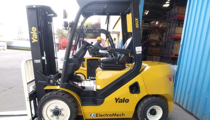 rent yale forklift in pune maharashtra brand new 30ux 3ton forklift on rental   he 1781 1588589238.webp