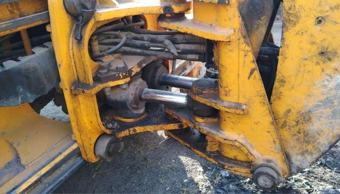 used bull backhoe loader in vadodara gujarat used bull smart 60 hpfor sale he 1749 1580447128.webp