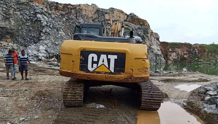 used caterpillar excavator in balasore odisha used 320d2 excavator  he 1680 1566279352.webp