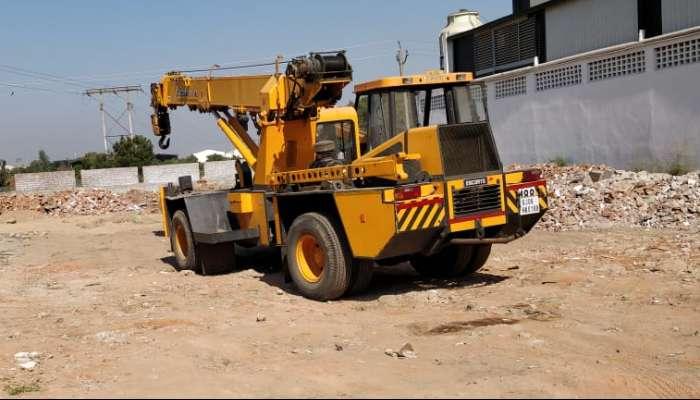 used escort pick n carry in vadodara gujarat escort f 15 pick n carry crane  he 1742 1579174192.webp