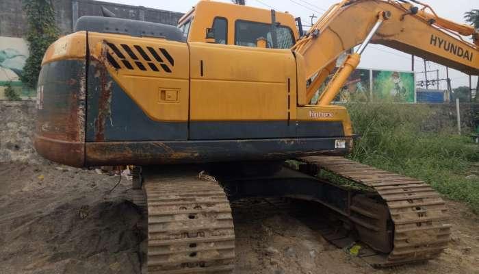 used hyundai excavator in surat gujarat hyundai r140 excavator  he 1717 1576134936.webp