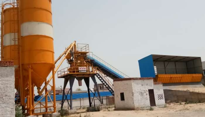 used kyb concrete batching plant in new delhi delhi unused 60 cum. kyb conmet batching plant he 1948 1626842300.webp